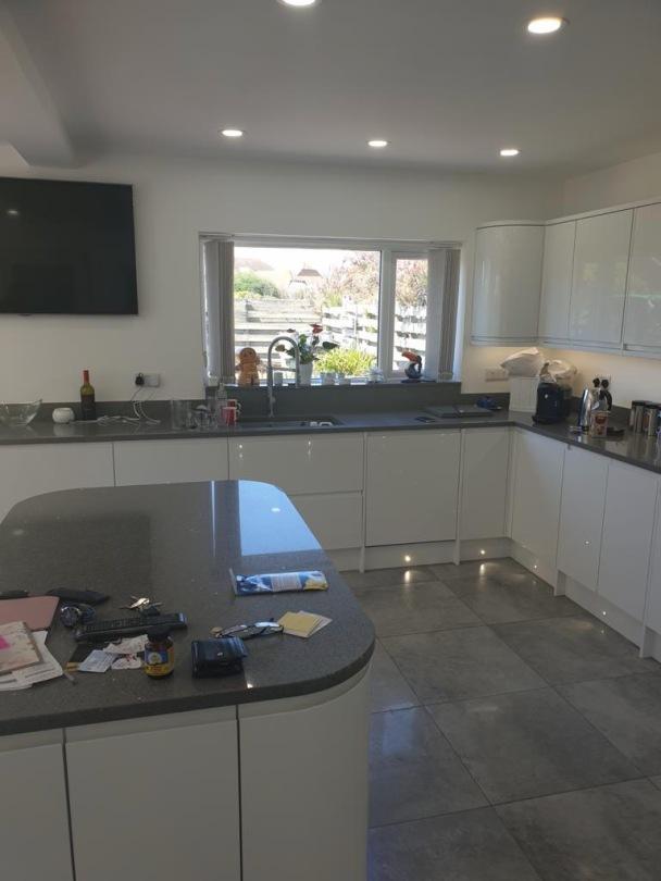 Kitchen Island and Granite worktops